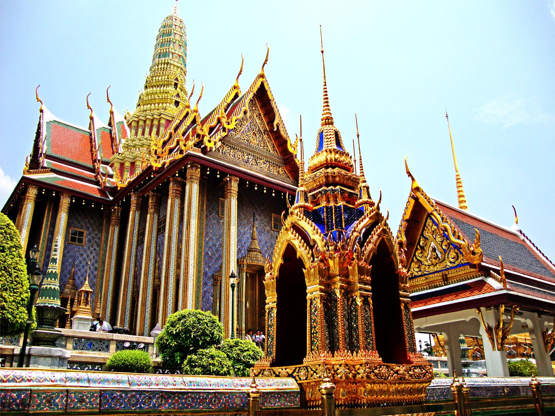 Resultado de imagem para indochina turismo
